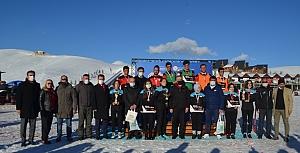 Kar Voleybolu Turnuvası İstiklal Kupasından kareler