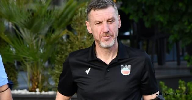 2. Lig Kırmızı Grupta görevinden ayrılan ilk teknik direktör oldu