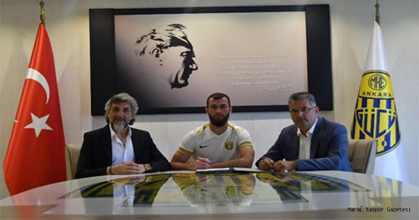 Adnan Erkan, Yeni Takımında İlk Transferini Yaptı