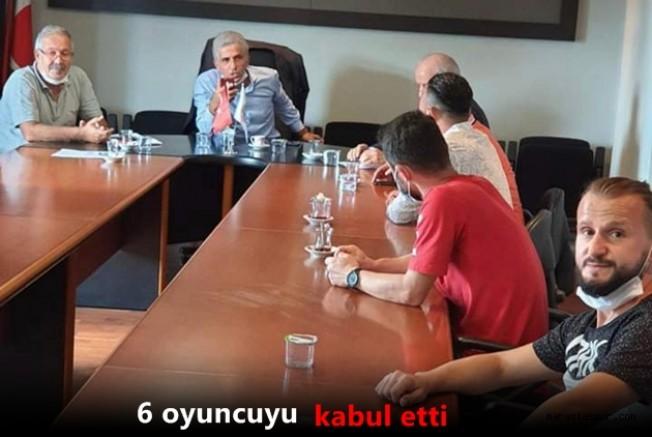 Amatör Ligdeki Futbolcular Ali Düşmez ile görüştü  ! İşte konuşulanlar