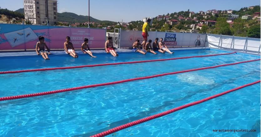 Andırın'da yüzme kursu başladı