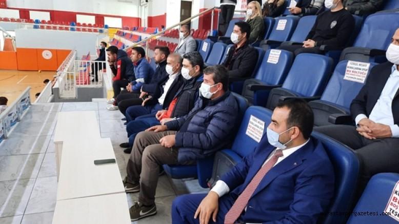 Başkan Osman Okumuş Atcı Gençlikspor'u yanlız bırakmadı