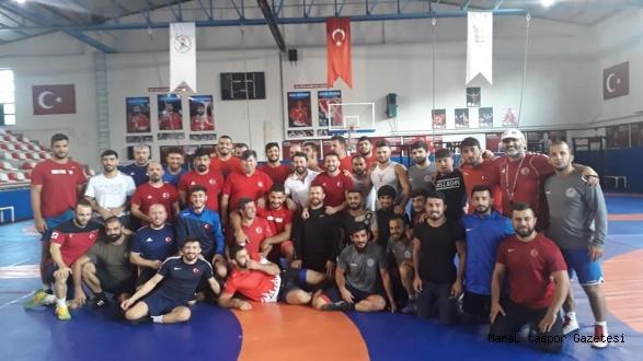 Büyükşehir'in 5 Güreşçisi A Milli Takımda