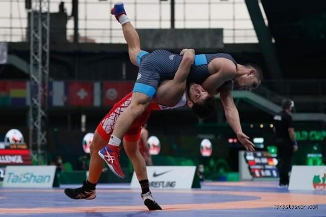 Kahramanmaraş'lı Miili Güreşçi Bronz madalya için mindere çıktı