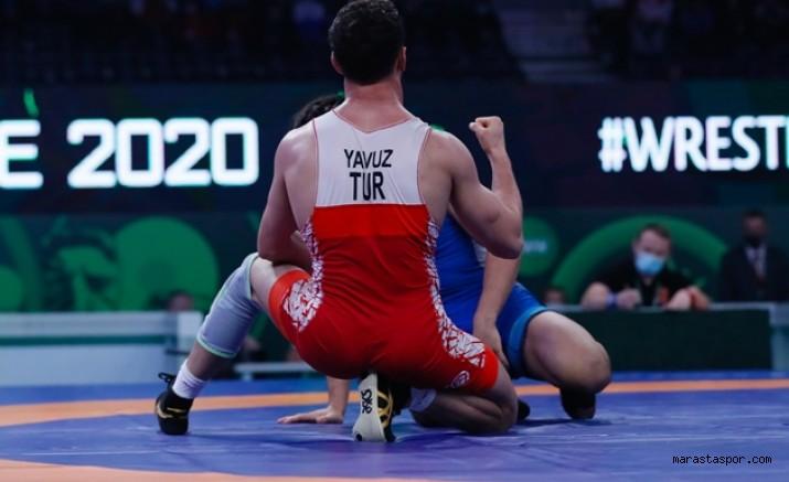 Kahramanmaraş'lı milli güreşçi  altın madalya için mücadele edecek
