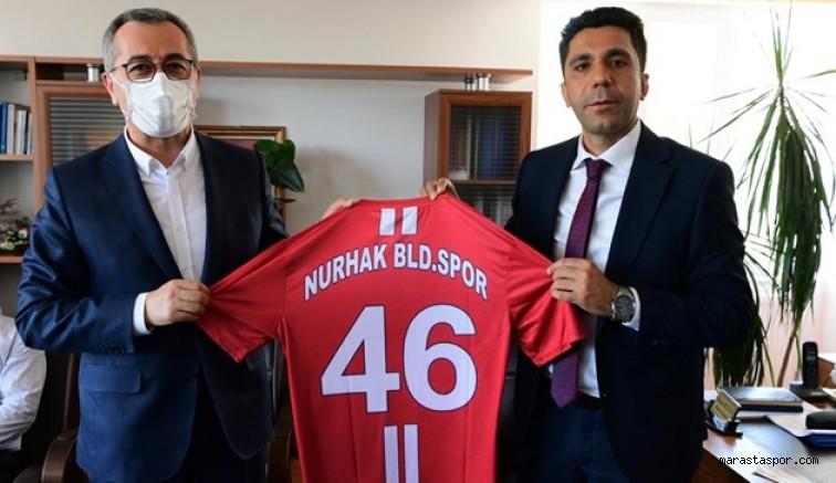Nurhak Belediyespor'un 46 numaralı formasını takdim etti