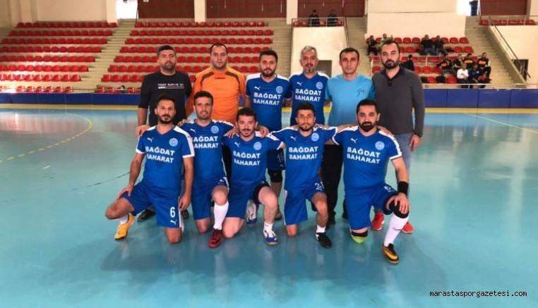 Öğretmenler kupası başladı, Kahramanmaraş'ı Türkoğlu temsil ediyor