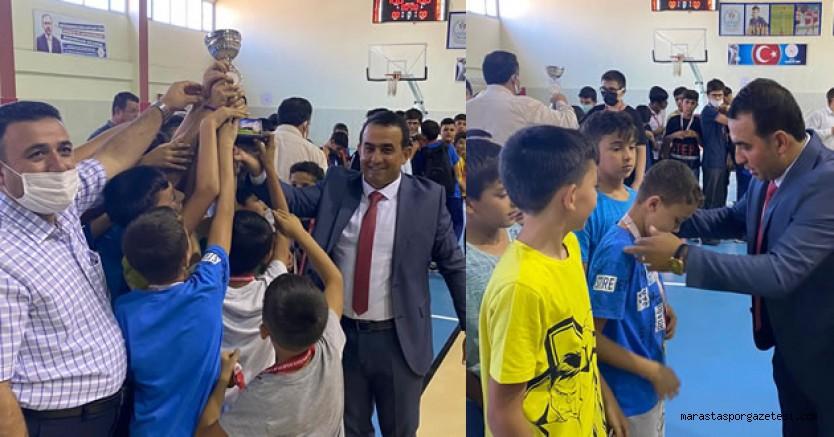 Pazarcık'ta futbol Turnuvası ve Bilgi yarışması  tamamlandı