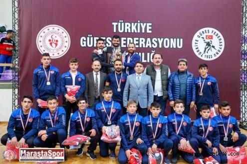 Serbest-Grekoromen birinci ligde finallerinde şampiyon  Göksun