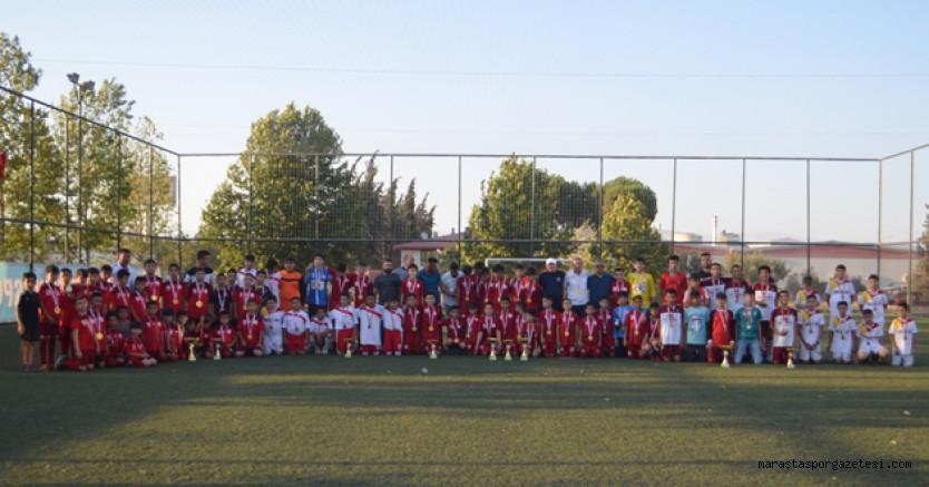 Türkoğlu Gençlerbirliğispor 15 Temmuz Şehitleri anma minikler futbol şöleni sona erdi